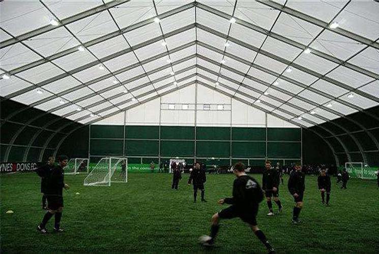 足球场篷房